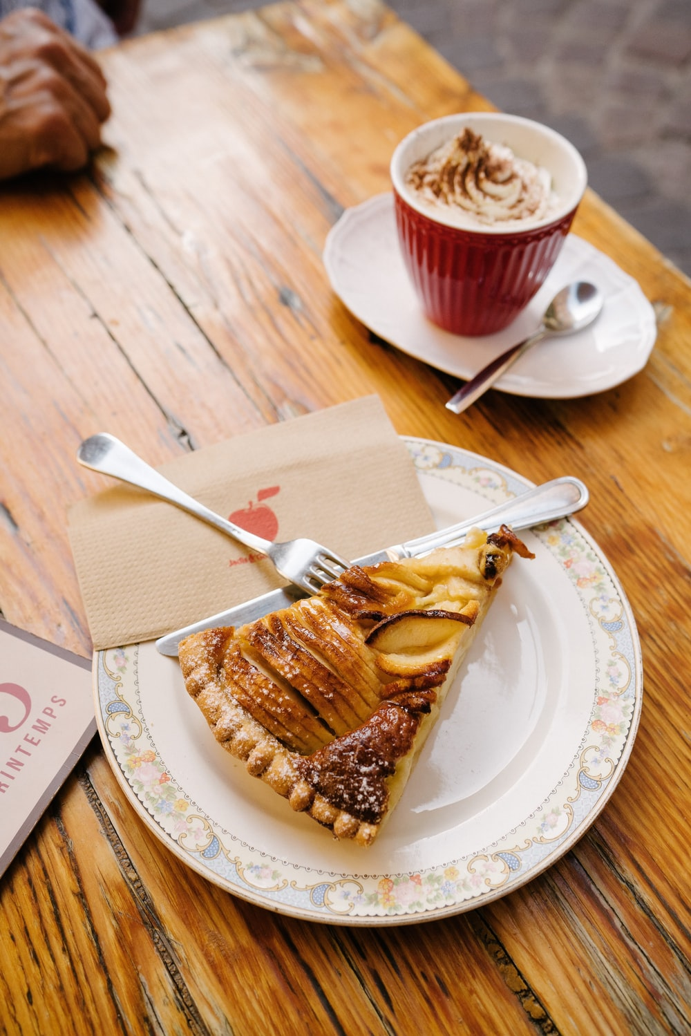 pie on round white ceramic plate
