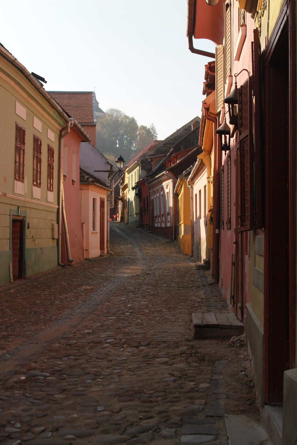 empty houses alley