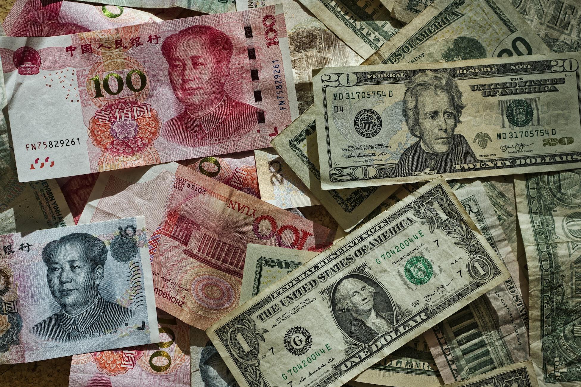 Yuan ve dolar