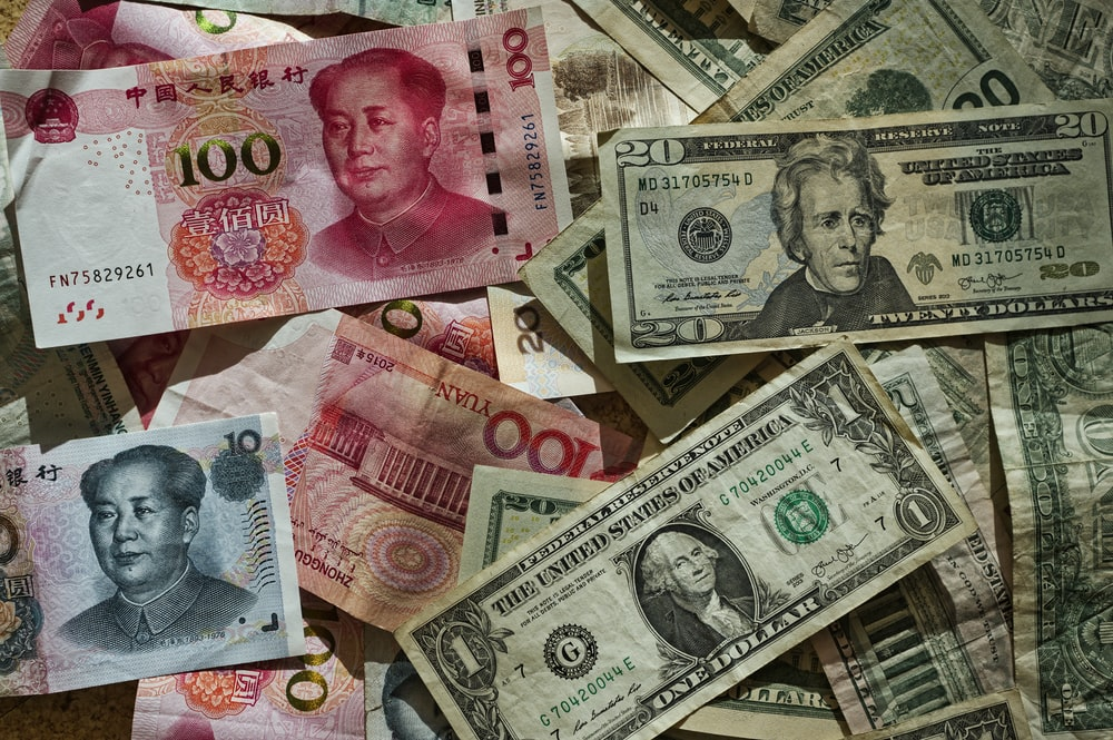 US dollar and Chinese yuan banknote lot