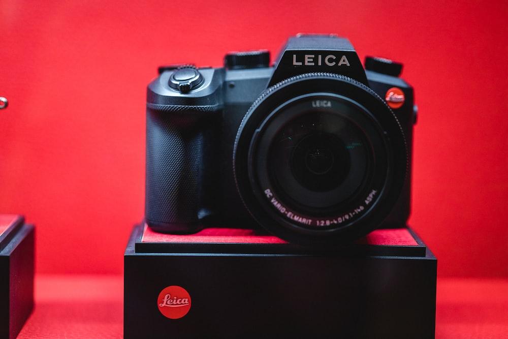 black Leica DSLR camera