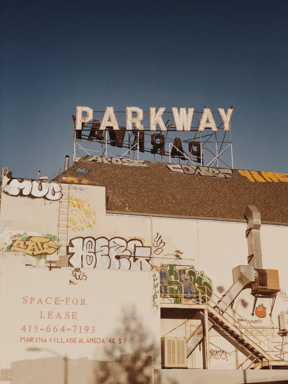 Parkway signage