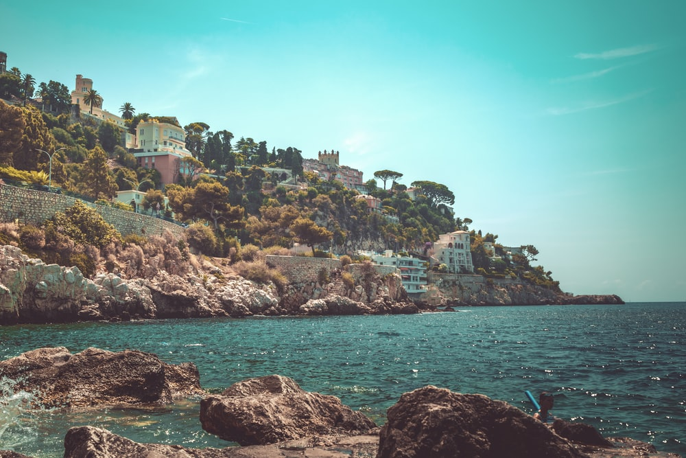 houses near sea