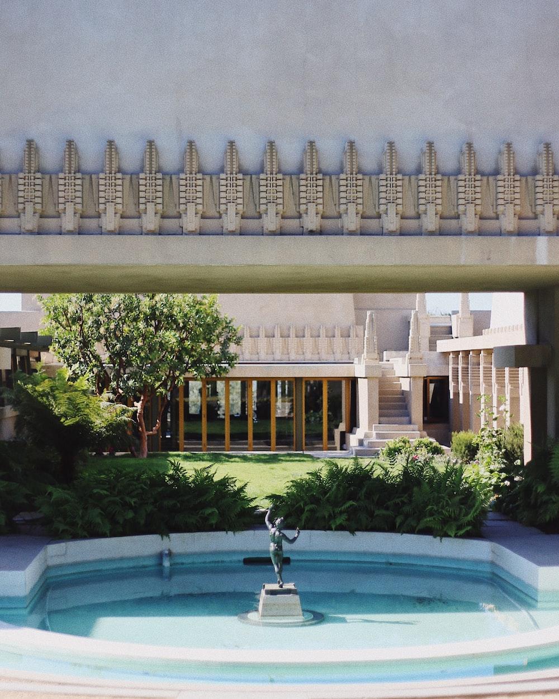 white and blue concrete fountain
