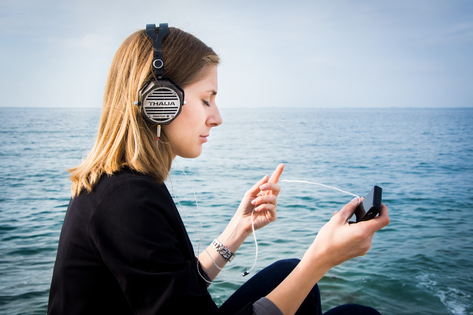 "The ""Spotify"" of audiobooks is headed to Israel with acquisition of local platform iCast"