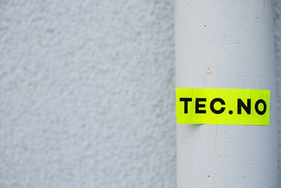 Street art – neon sticker –TEC.NO