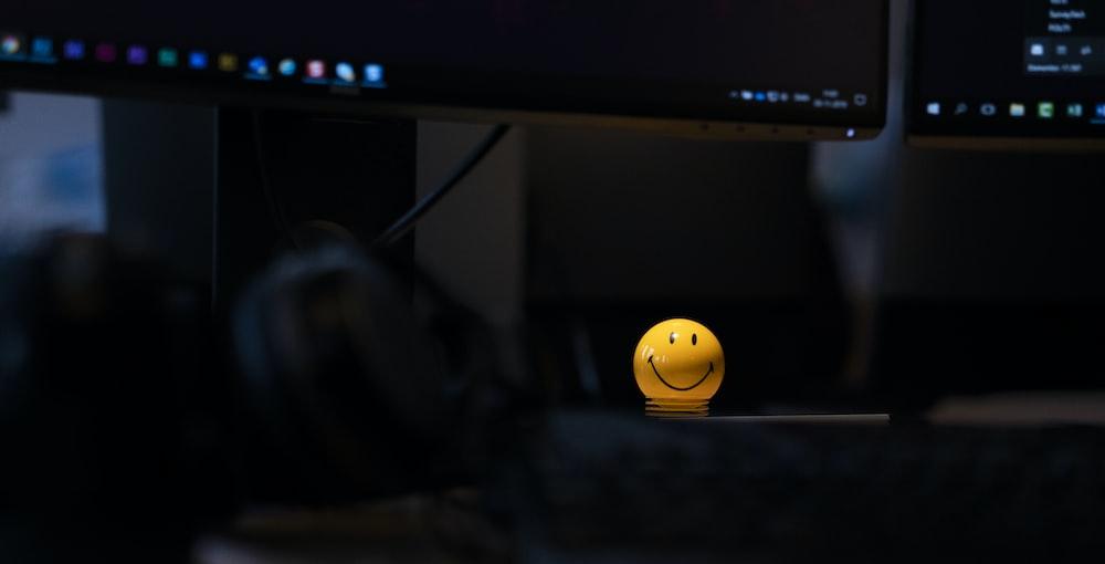 emoji table lamp