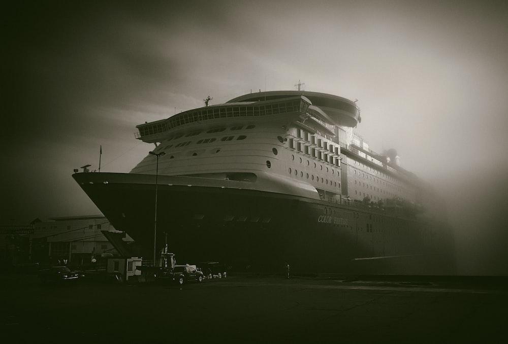 shallow focus photo of white cruise ship