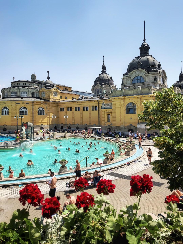 Szechenyi Thermal Bath, Budapest, Hungary Original: https://www.dropbox.com/s/fczjyjo0pkcnwqg/Budapest9.jpg?dl=0
