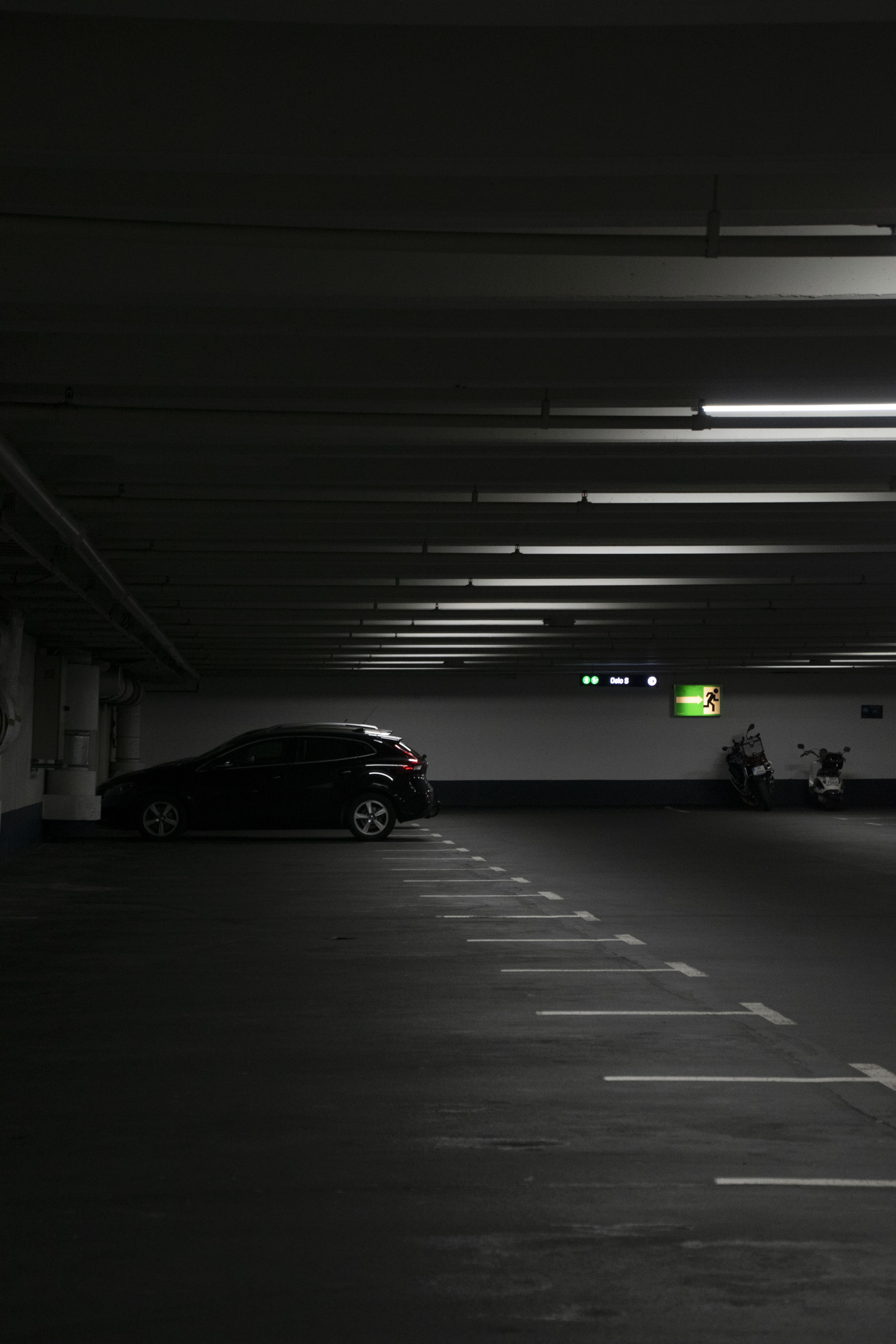 500 Parking Pictures Hd Download Free Images On Unsplash