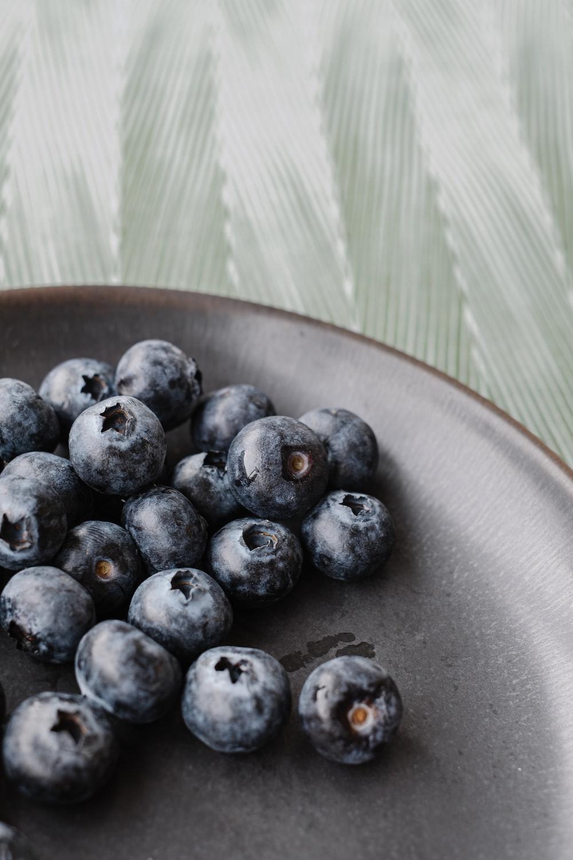 blackberries on plate