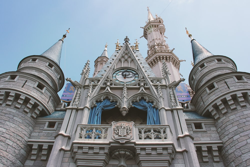 close-up photography of castle during daytime