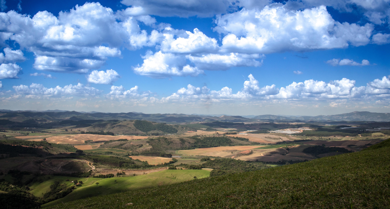 Paisagem do Pico do Gavição, ponto mais alto entre as cidades de Águas da Prata, São João da Boa Vista, Poços de Caldas e Andradas.