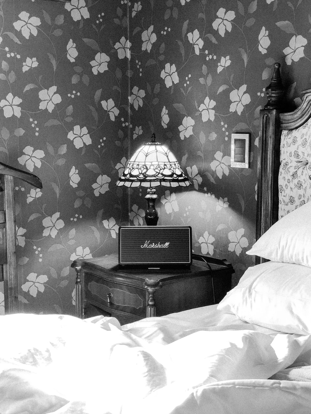 Bedroom Lamps Pictures | Download Free Images on Unsplash