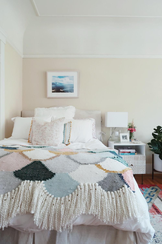 white-and-gray comforter set