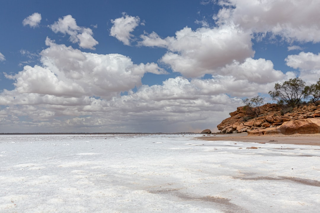 Granite outcrops and salt lakes are a feature of the landscape in the wheatbelt.