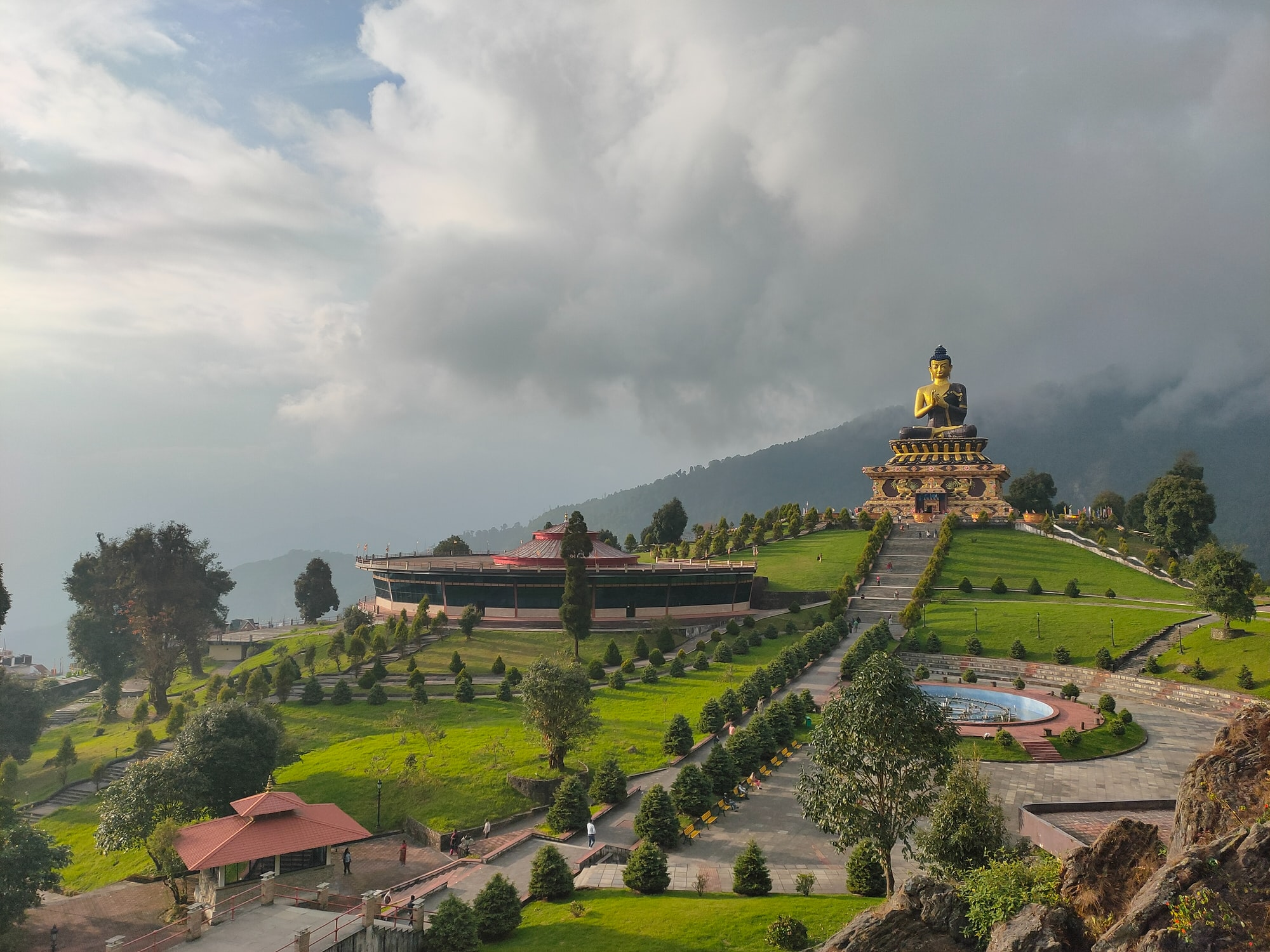 This grand park is also known as Tathagata Tsal. The Buddha statue is the fourth-tallest statue in India.