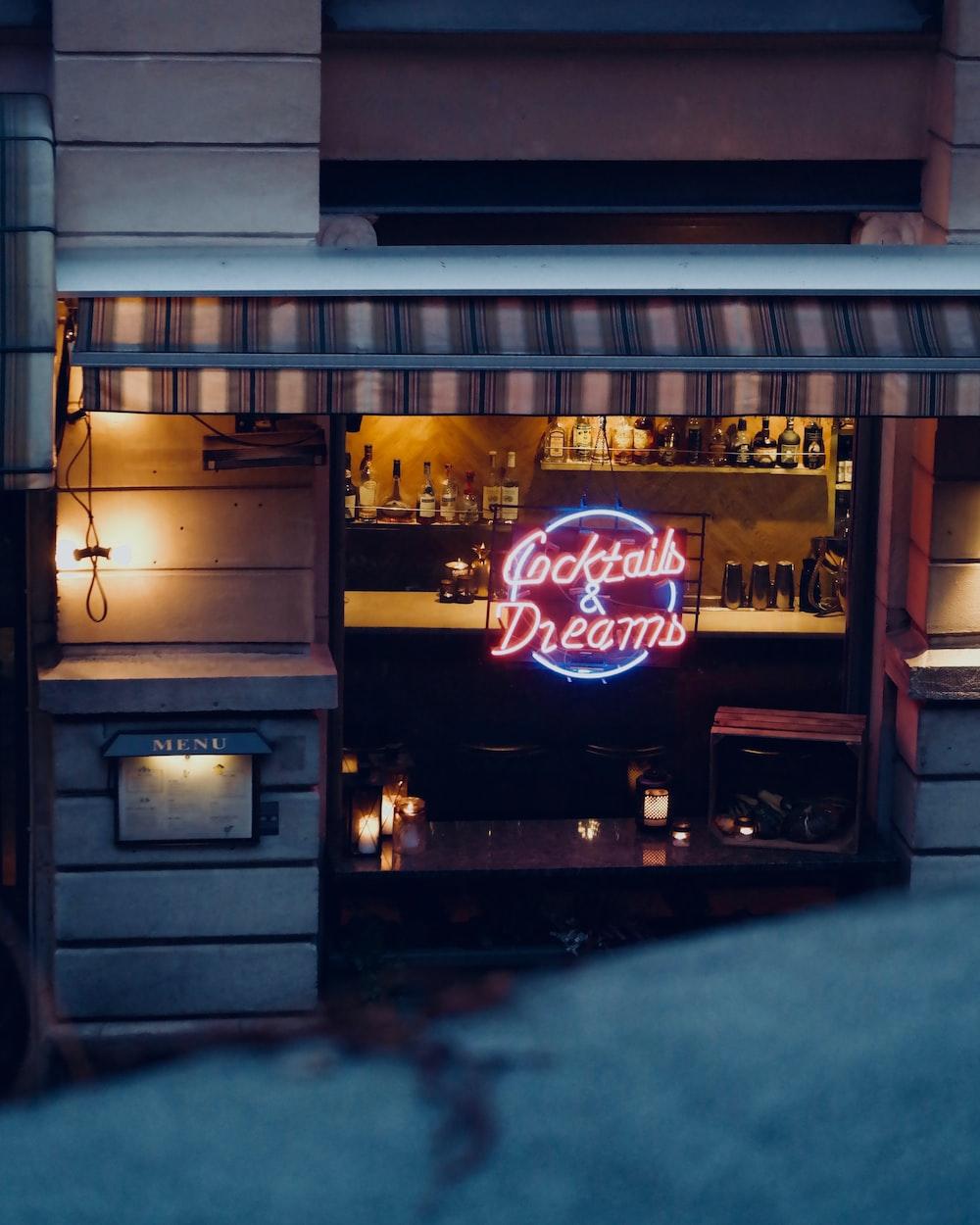 Cocktails & Dreams neon signage