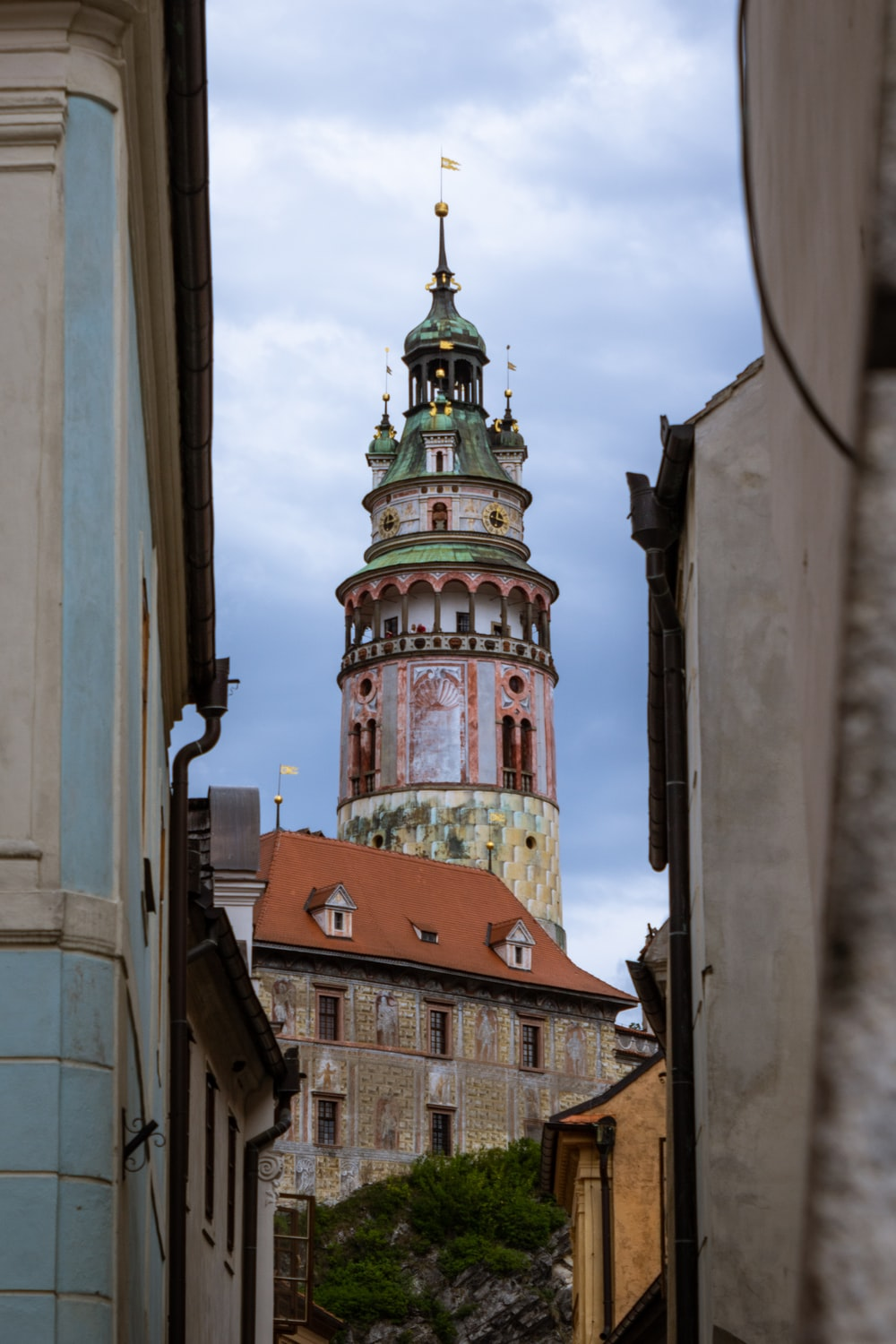 pink and white tower at daytime