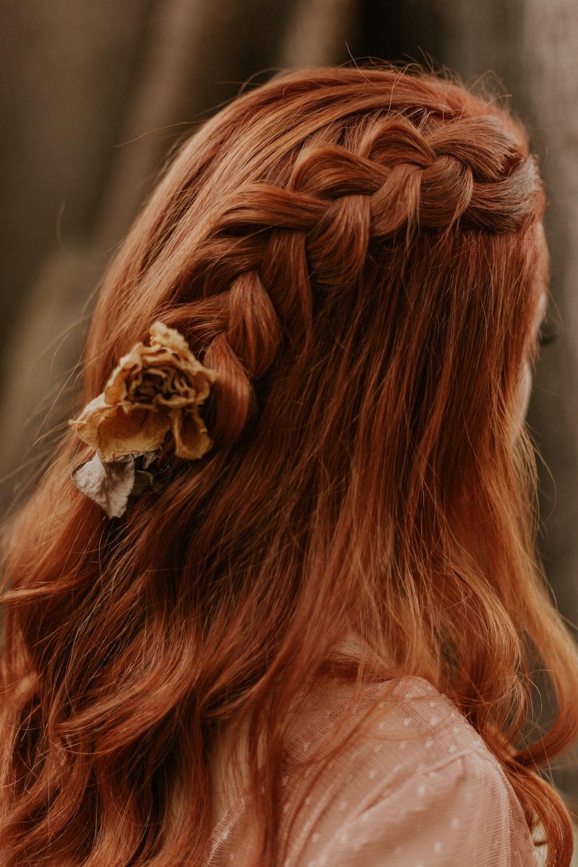 women's red hair