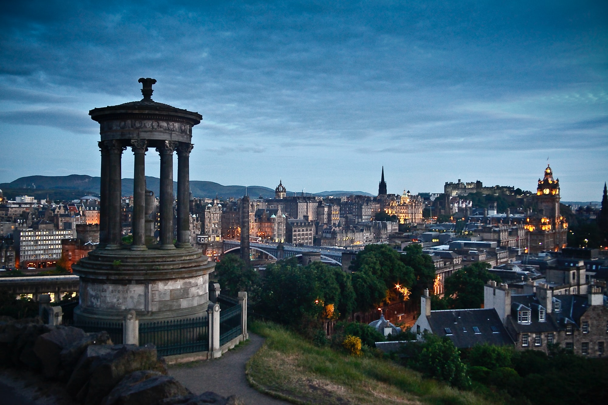 © Peter A. Cordes – Carlton Hill and Edinburgh at sunset.
