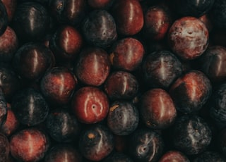 red and purple fruit lot