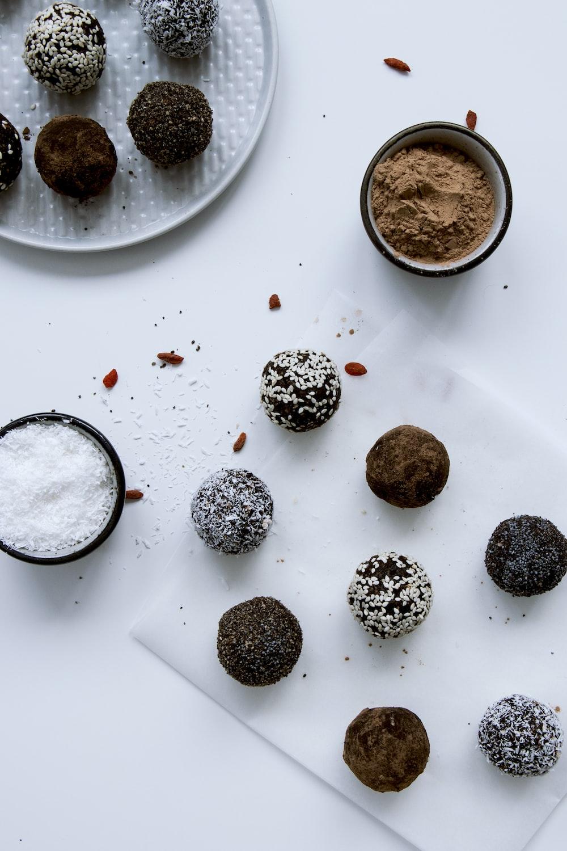 baked cake balls