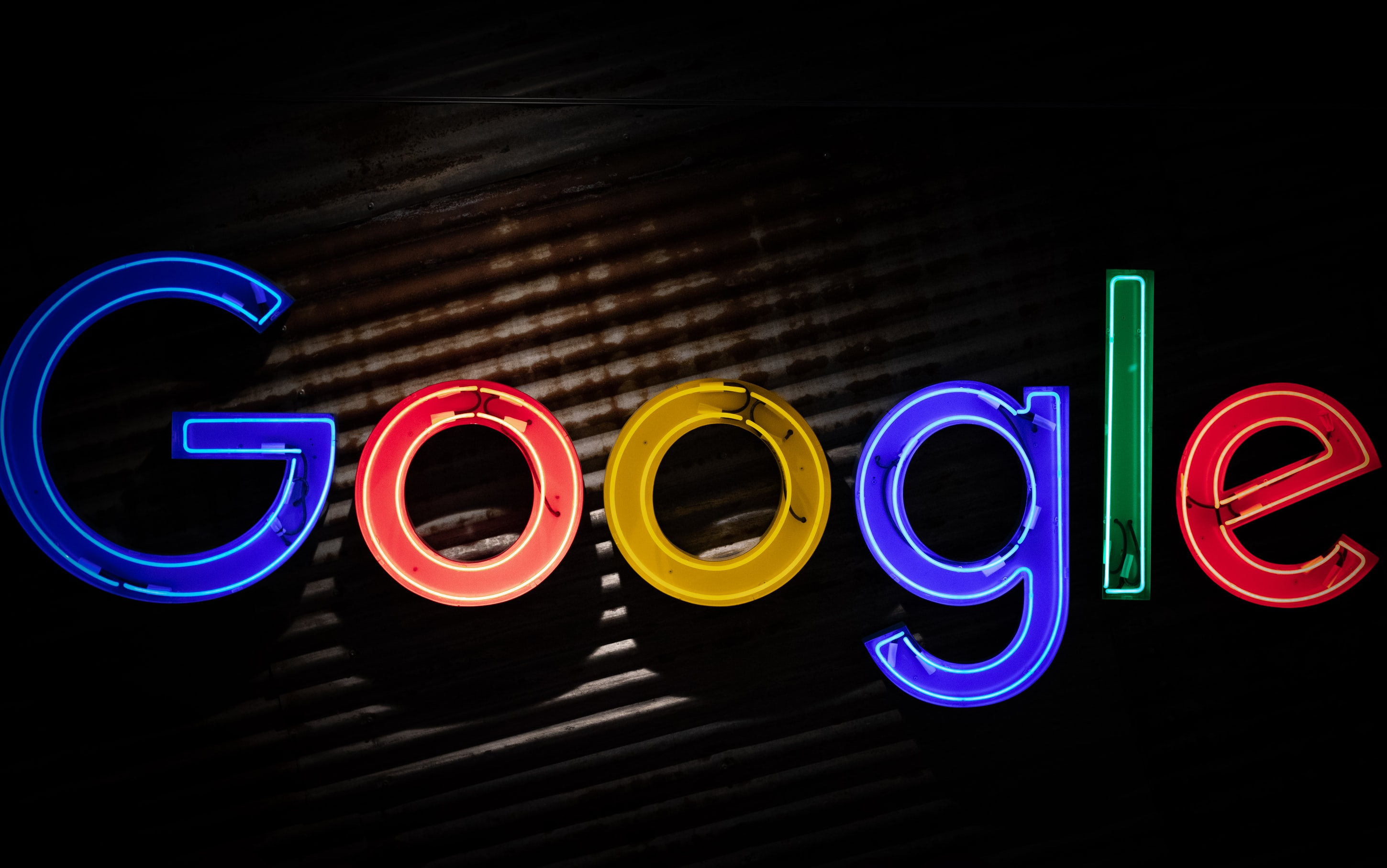 Master Google's Major Services With Keyboard Shortcuts, Command, and Search Tips