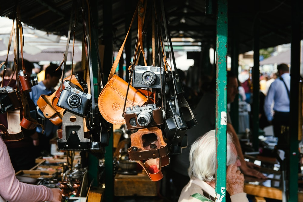 hanged cameras
