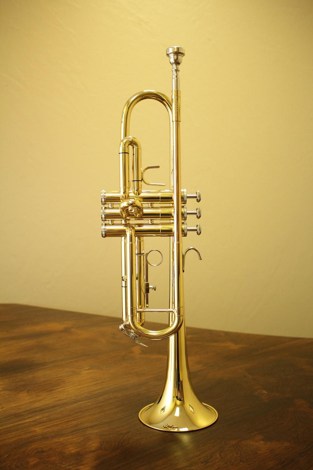 Trumpet on edge.