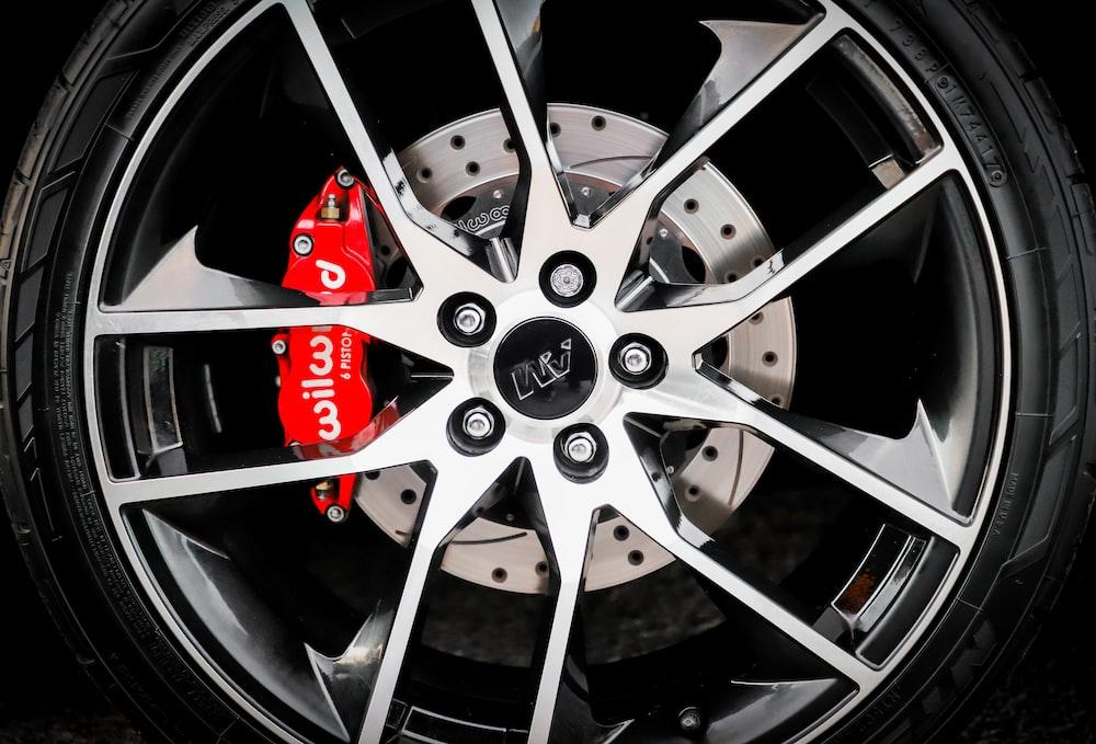 grey spoke vehicle wheel and tire