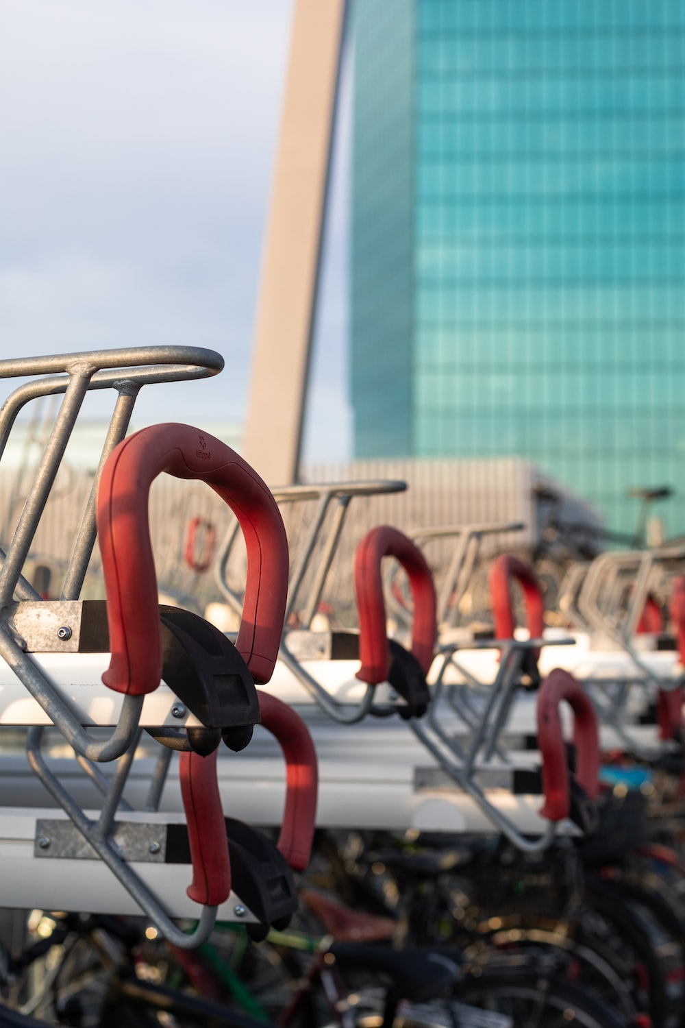 grey and red metal frames during daytime