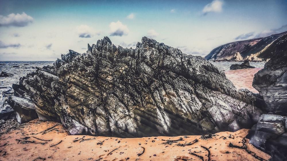 grey rocks during daytime
