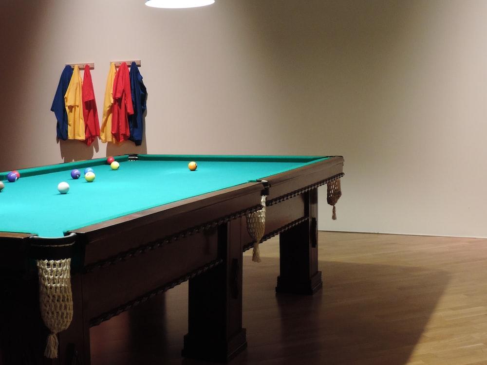 billiard table set