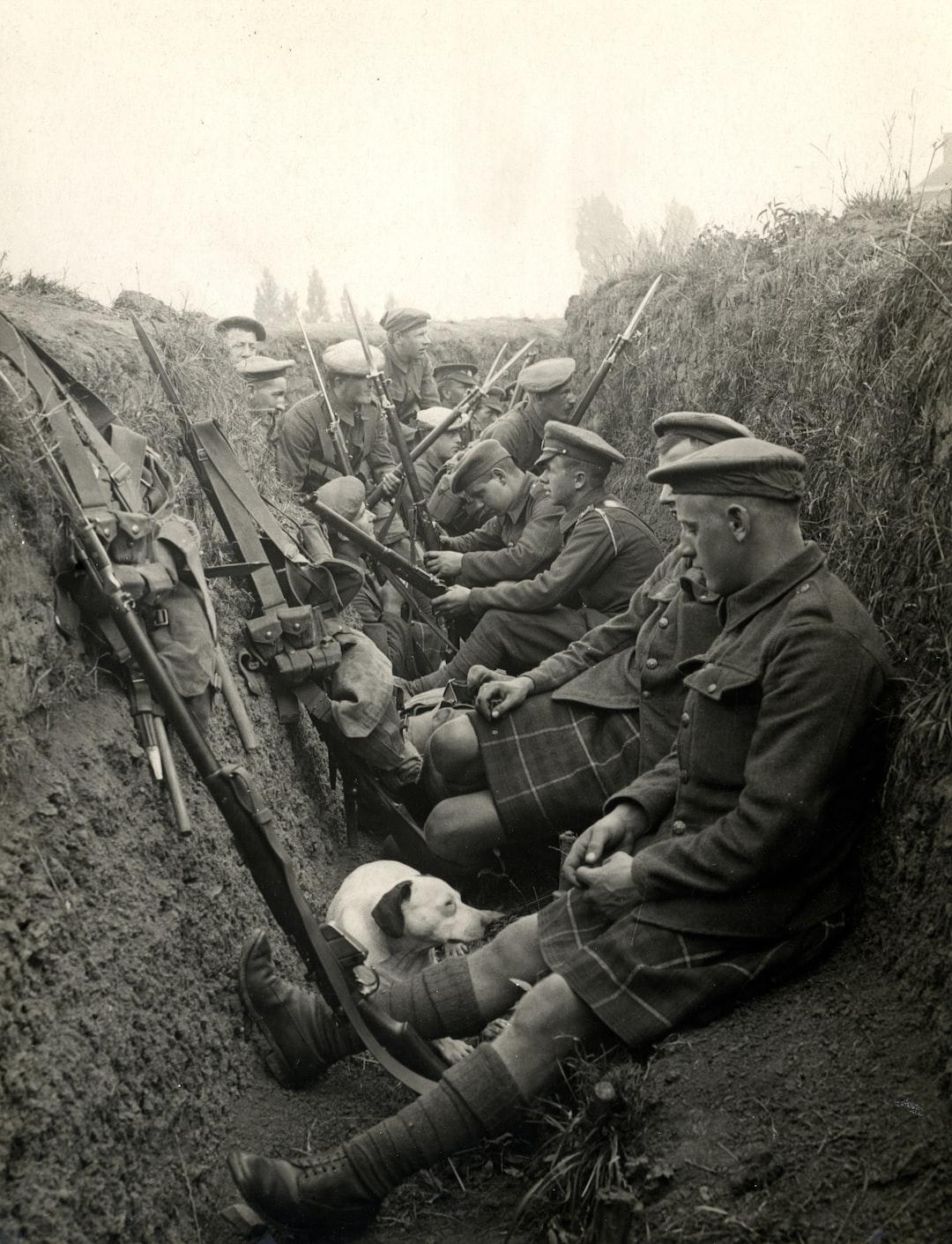 1914, World War 1. Highland Territorials in a trench. Photographer: H. D. Girdwood.