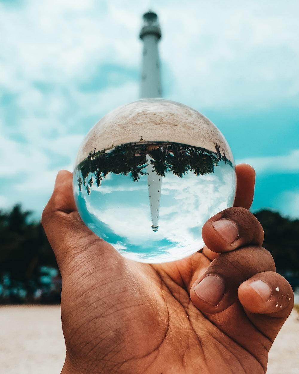 white tower globe