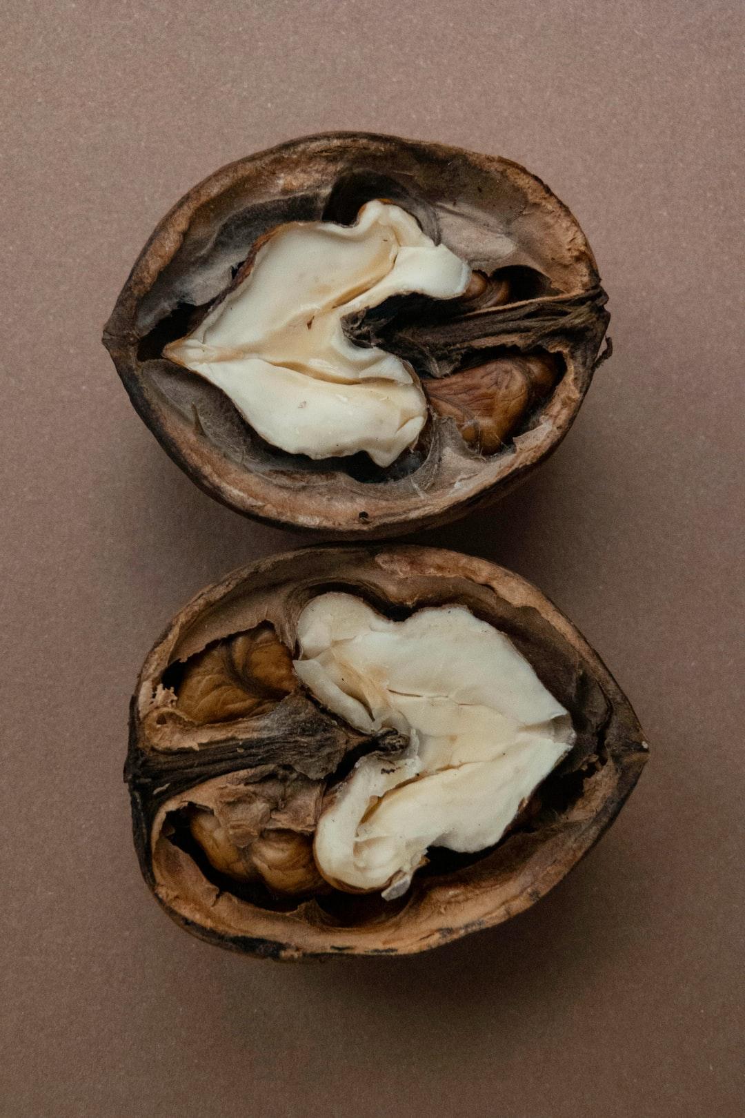 CRACKED | wild walnut
