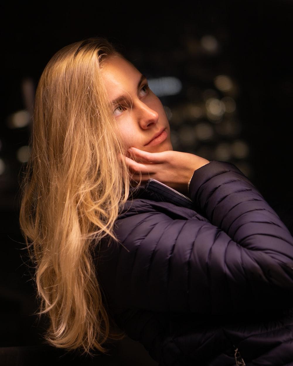 woman wearing black jacket