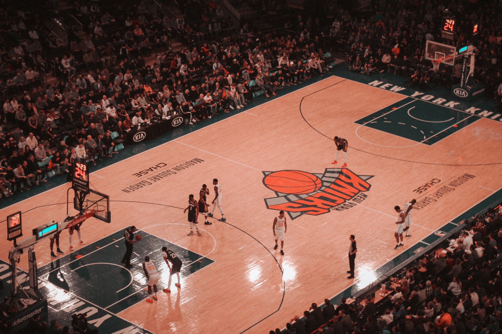 Crawling all NBA defensive teams award data, and structuring it using Danfo.JS