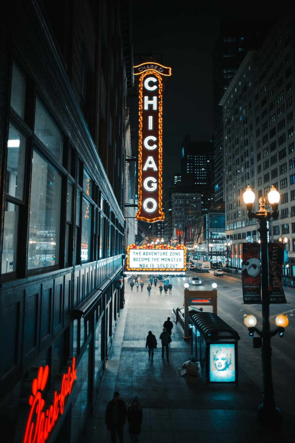 Chicago signage beside wall
