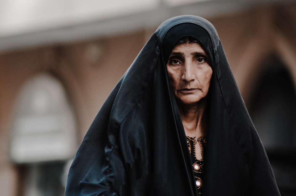 selective focus photo of woman