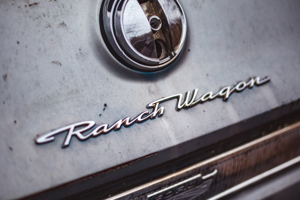 Ranch Wagon emblem