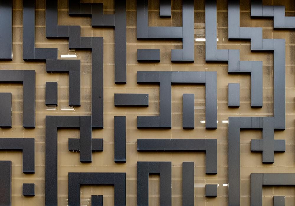 black maze wall