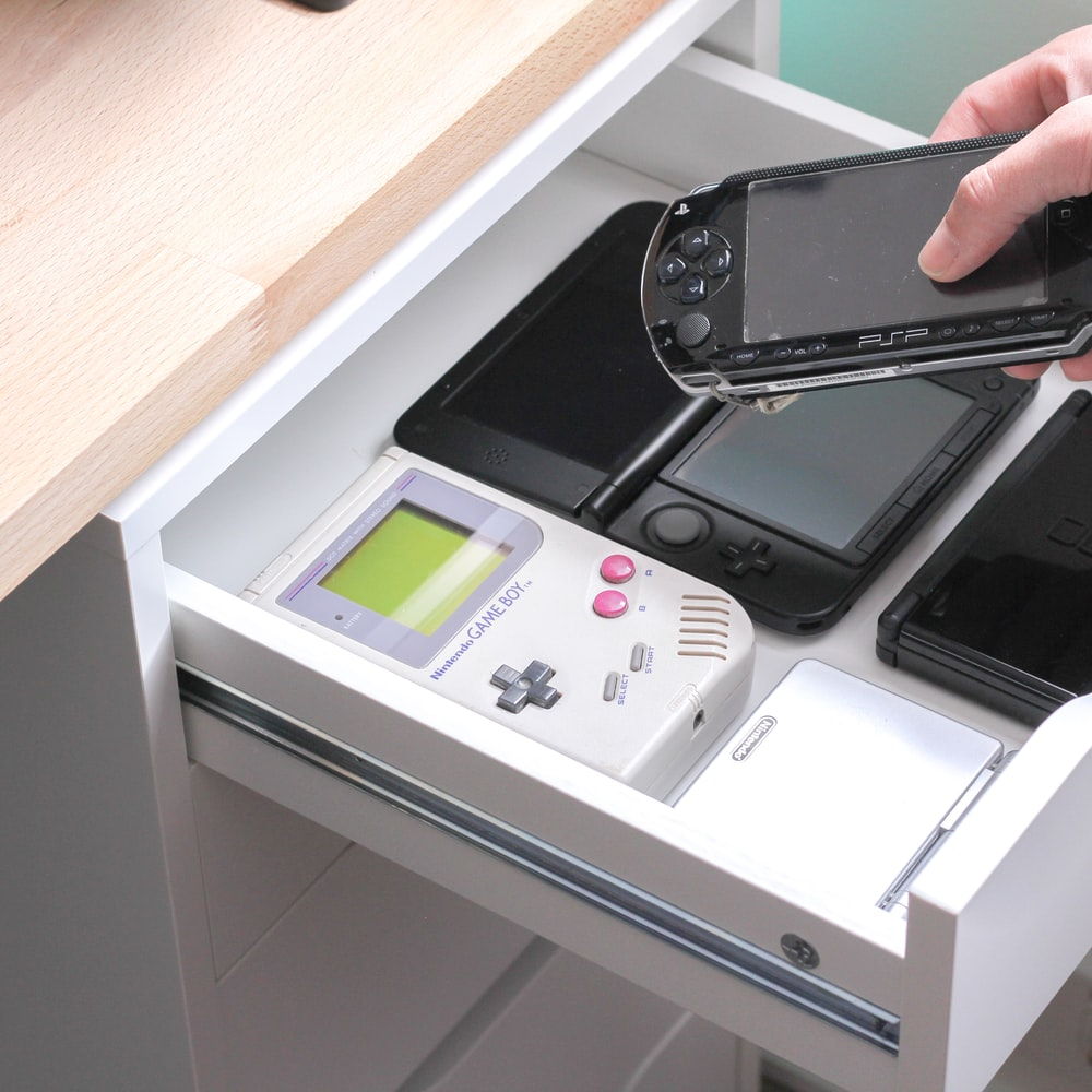 six handheld game consoles