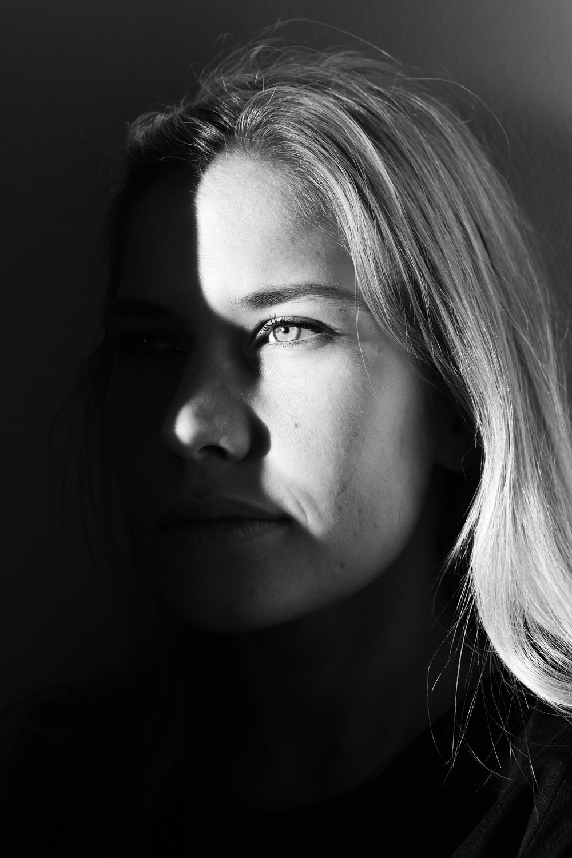 portrait photograph of woman