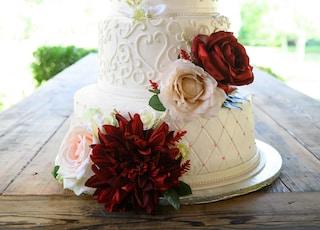 white 4-tier cake