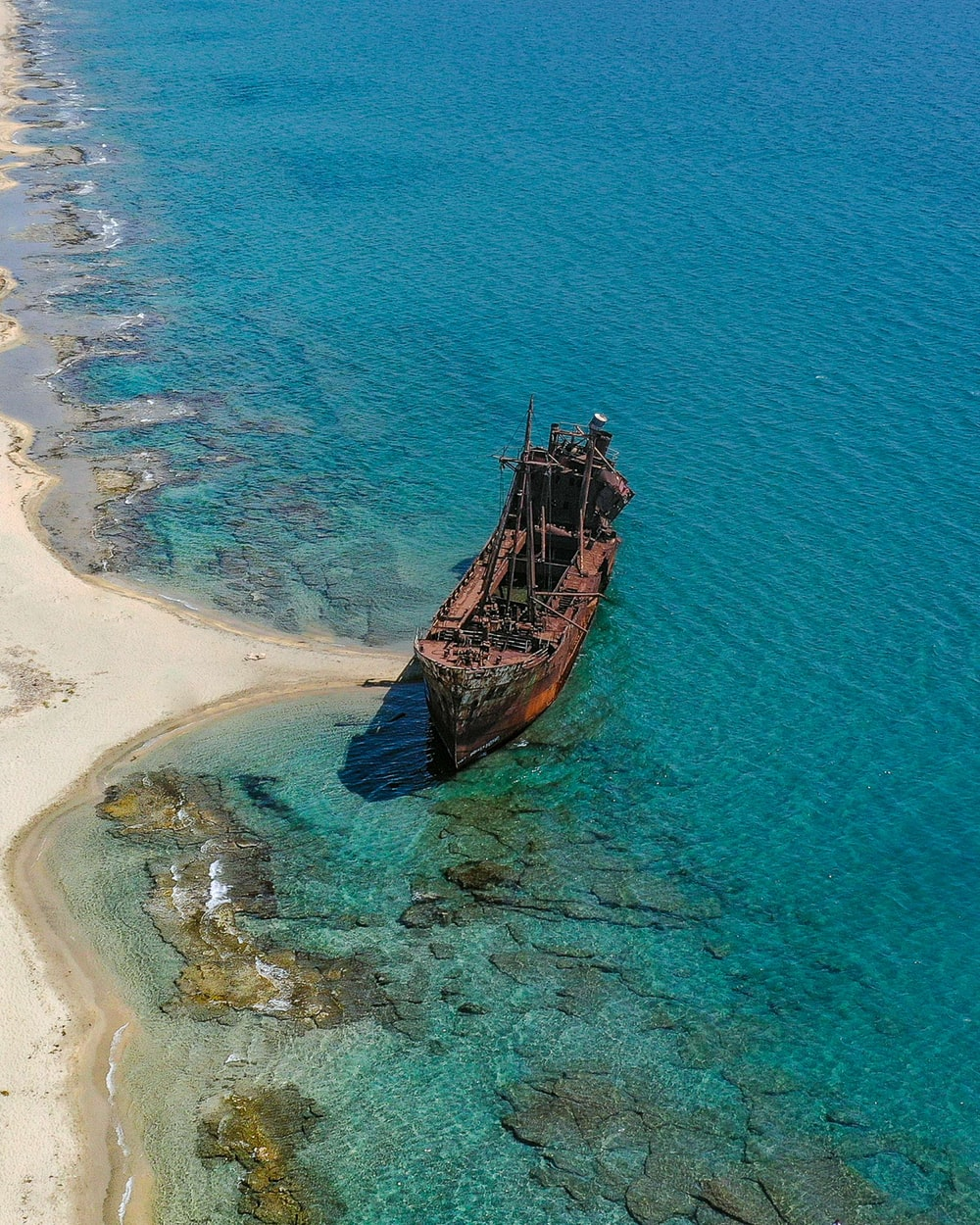 brown wooden ship