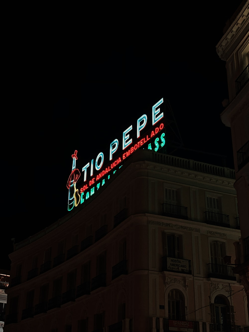 Tio Pepe signage at night