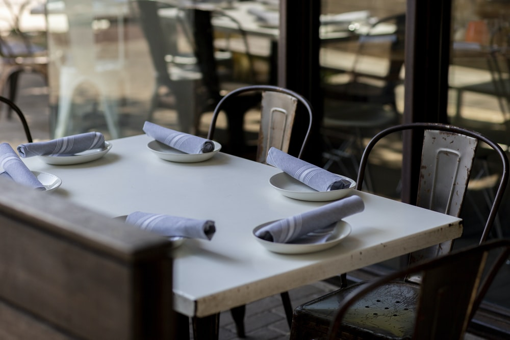 table napkins on plate