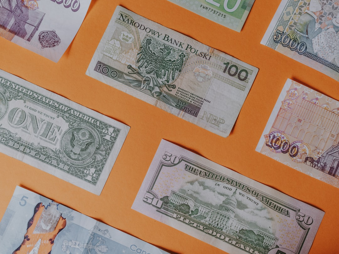Assorted bank notes